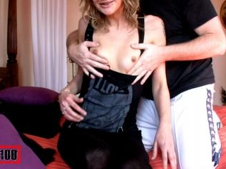 Evy behaves very hot in private!