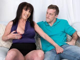 Christina\'s first fuck video