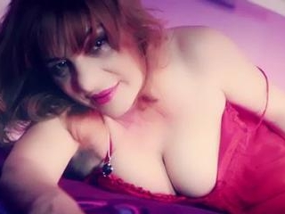 Busty Granny FoxyMother In Bed