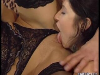 Tiffany Hopkins  : Beautiful threesome with two Fr