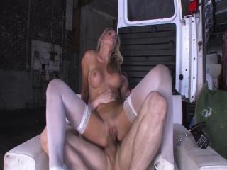 SexQuake - Nikki Jayne2
