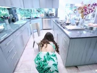 Cheating Wife Cuckolds Husband