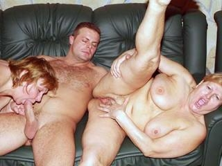 Mature Plumpers Anna and Yolanda Threesome