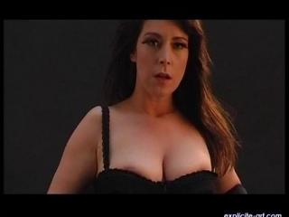 Lydia Saint Martin  : Lydia\\\'s trip-tease