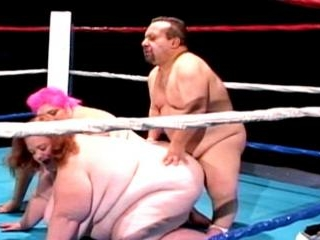 Chuy Bravo\'s fucks some BBW babes in the ring