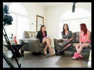 The Family Therapist: BTS Featurette