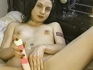 Lil Fucks Herself Fast And Deep With A Dildo - Lil