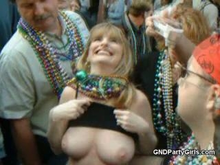 Nice rack on this drunk girl