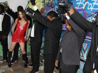 Amber Rayne - Interracial Blowbang