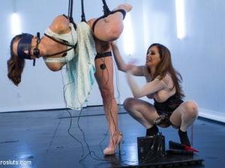 Power Top vs. Power Bottom: The Sexy Francesca Le