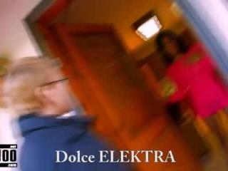 Porn video :   Dolce Elektra Steph Debar Dickxy Te