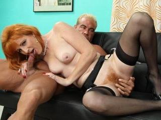 Redhead\'s hairy pussy