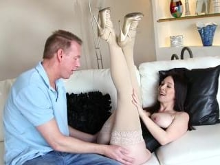 Rayveness Prefers Boring Stockings