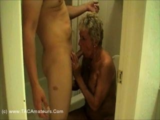 Granny Shirley Can\'t Pee