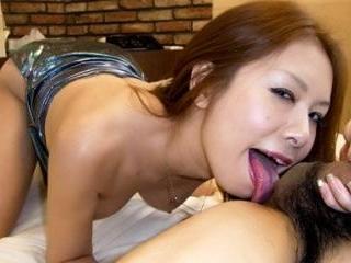 Jap Hottie Hiromi Enjoys a Cock