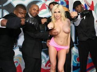 Christie Stevens - Interracial Blowbang
