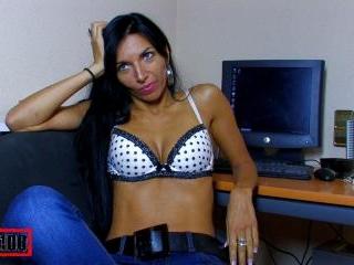 Video de l\'interview sexy avec Bettina Kox