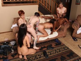 Ana Foxxx and friends have some fun
