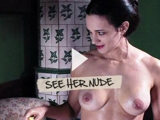Asia Argento is a giver of flesh and boners!