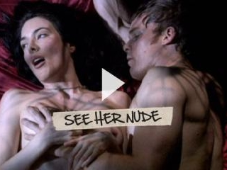 Jaime Murray reveals her perky tittes and sexy tho