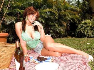 Pussy picnic
