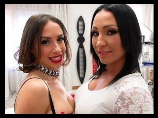 Malena: sesso lesbico e anale