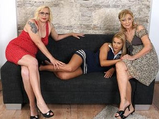 Three old and young lesbians go full force on the