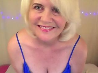 Granny Catherinexx Flashes Her Big Tits