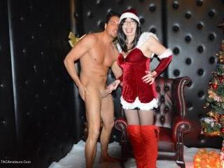 Mrs Santa Makes A Guys Xmas