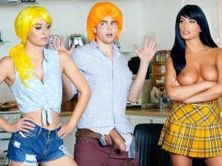 Betty & Veronica: An Archie Comics XXX Parody