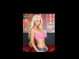 Busty Pornstar Courtney Taylor LIVE