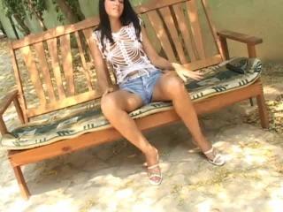 Teen Dreams > Annette Video