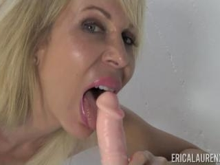 Erica Lauren Super MILF with a Dildo