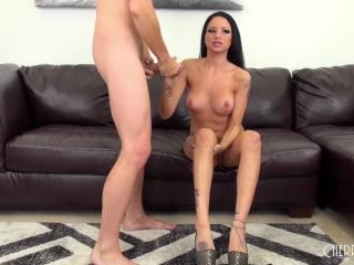 Hot and Young Raven Bay Fucks LIVE