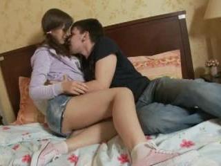 Teen Dreams > Lina Video