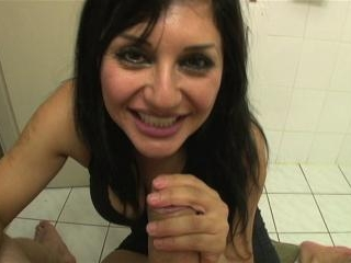 Mocha Delight gets fucked and squeezes out a cream