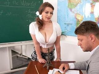 Busty Coed Alice Wayne Needs Special Instructions