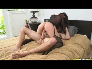 Isabellamadison gets her pussy drilled and gets th