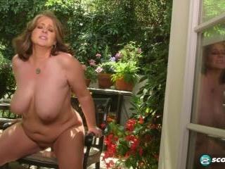 Kerry\'s garden of boobs