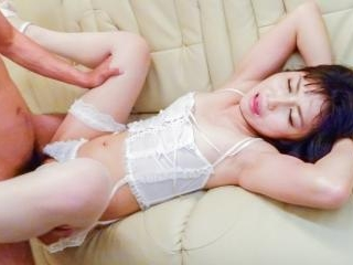 Lingerie model,Reo Saionji, caves for a wild group