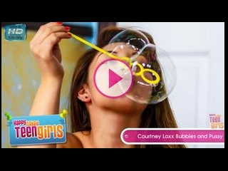 Courtney Loxx presents Bubbles and Pussy