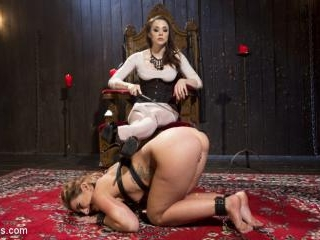 Mistress Chanel Preston\'s Squirting Submissive Les
