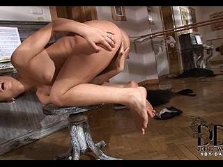 The Luscious Ballerina!