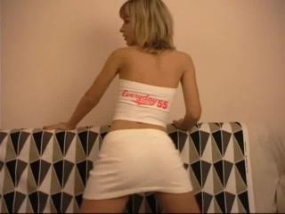 Teen Dreams > Natalia Video