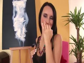 Teen Dreams > Claudia Video
