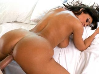 Lisa Ann\'s Ass Gets Anal Sex