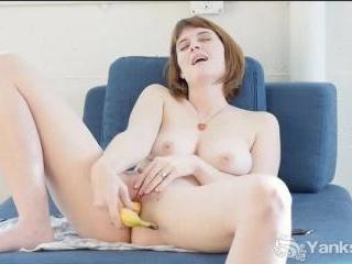 Sosha Belle\'s Fruit Fucking Fun