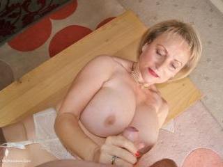 Getting down and dirty before I suck jerk and wank