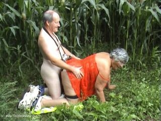 Corn Field Sex Movie Pt2