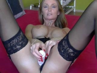 European housewife Lexie Starr in sexy lingerie an